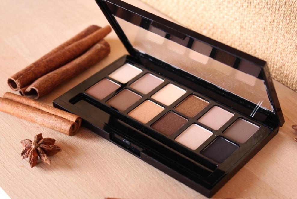 Maybelline The Nudes Eyeshadow Палетка теней