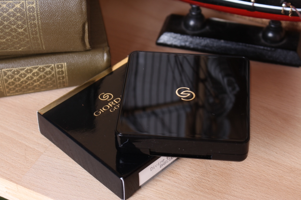 Oriflame Giordani Gold Eyeshadow Quad Divine Brown