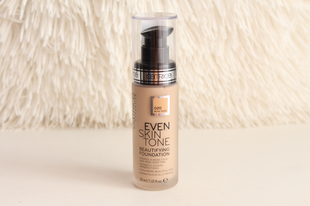 Catrice Ever Skin Tone Beautifying Foundation «020 Beige Rose» SPF 25 Тональная основа