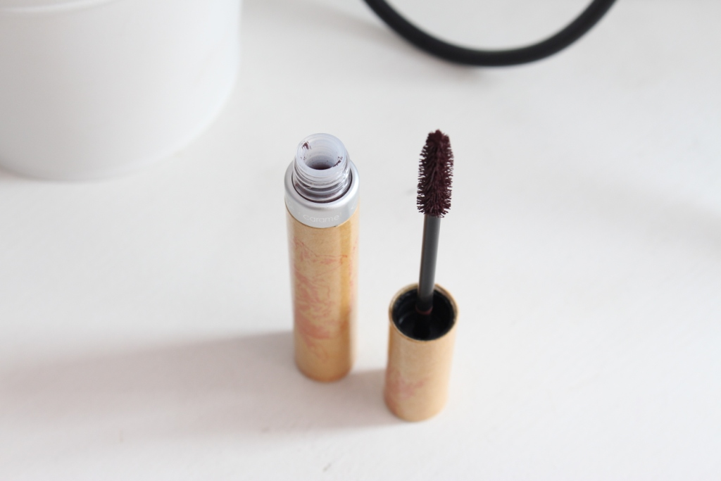 Couleur Caramel Volumising Mascara_10