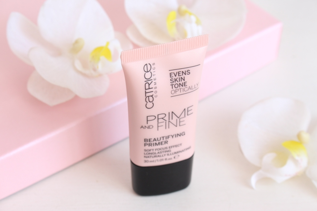 Catrice Prime And Fine Beautifying Primer Праймер под макияж