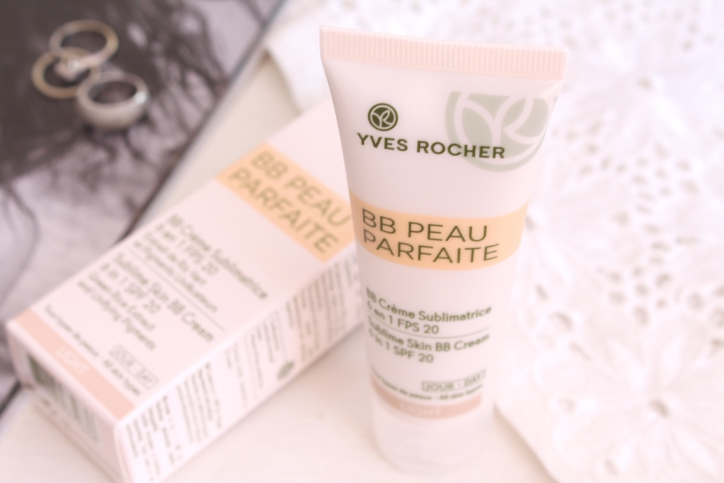 yves rocher sublime skin bb cream 6 in 1 spf 20 light oil control blotting papers. Black Bedroom Furniture Sets. Home Design Ideas