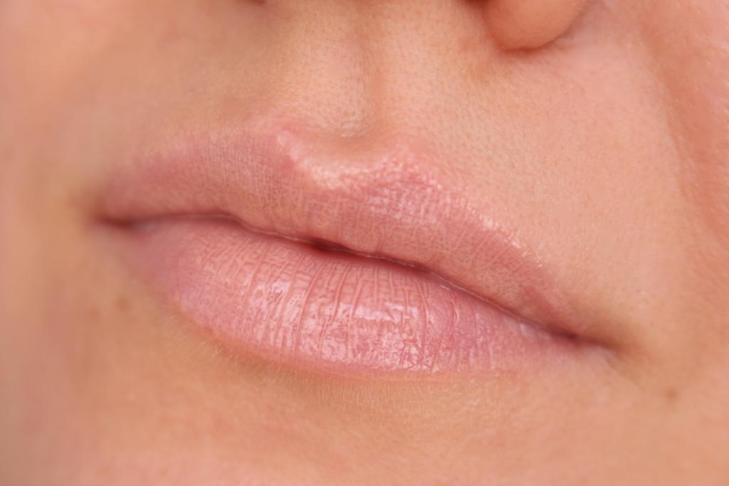 Avenir Cosmetics 100% Extra Gloss_12
