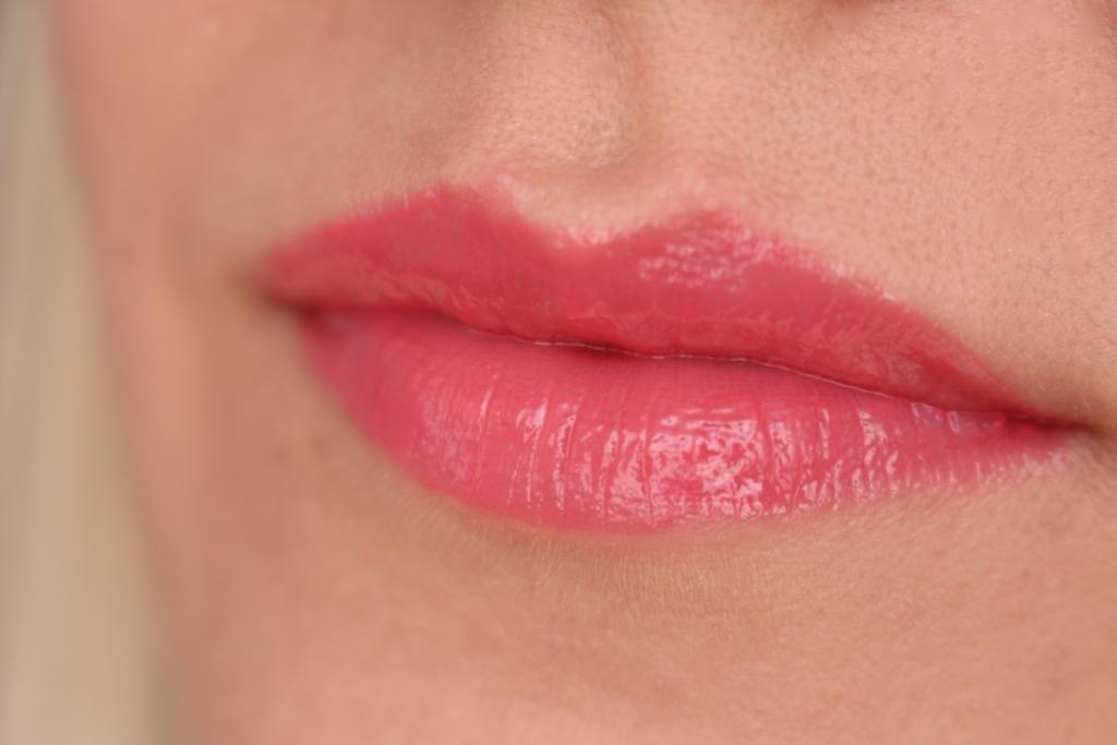 Avenir Cosmetics 100% Extra Gloss_16