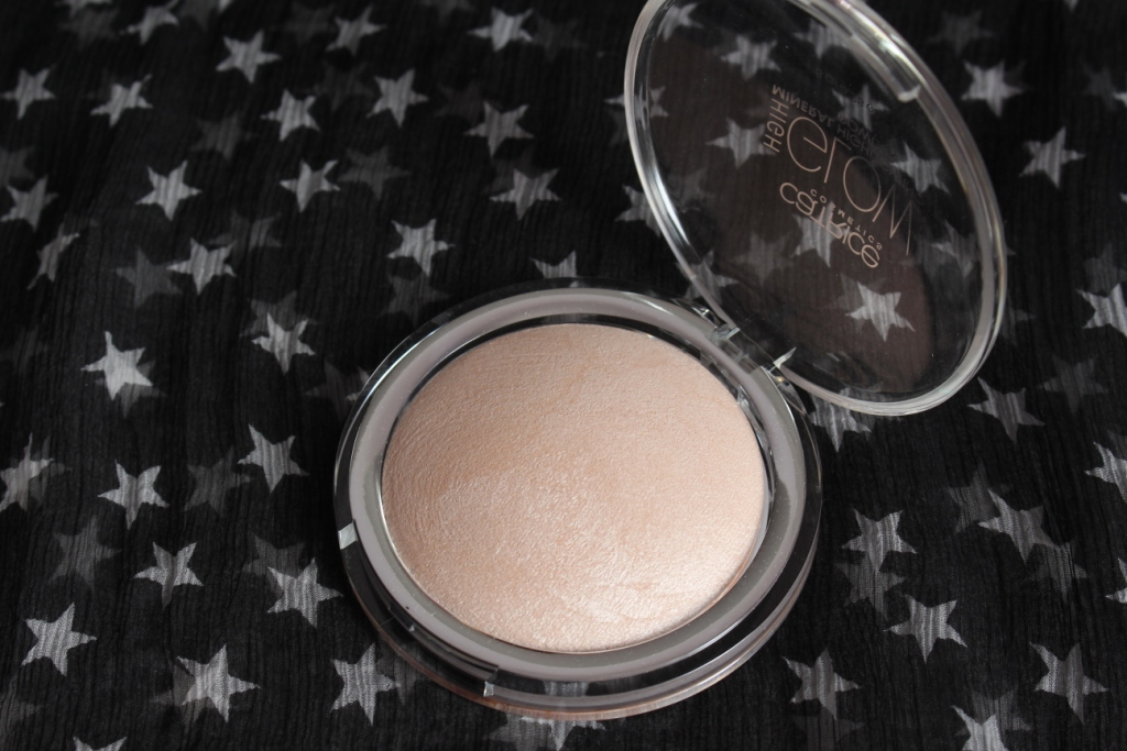 Catrice High Glow Mineral Highlighting Powder 010 Light Infusion_9