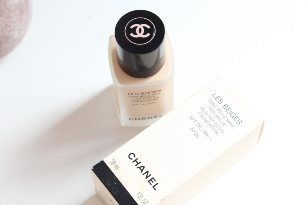 chanel-les-beiges-healthy-glow-foundation_2