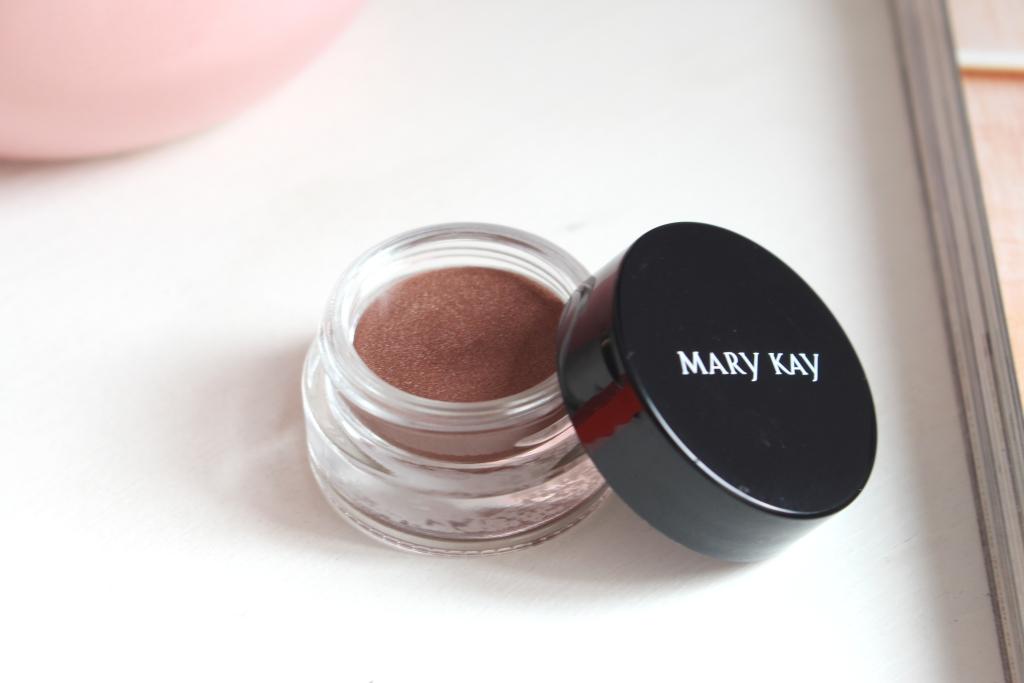 mary-kay-whipped-eye-color-tiki-hut_4