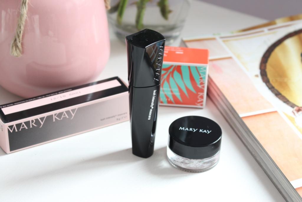 Mary Kay Whipped Eye Color «Tiki Hut» Кремовые тени «Золотистый берег» и Mary Kay Lash Intensity Mascara Тушь для ресниц