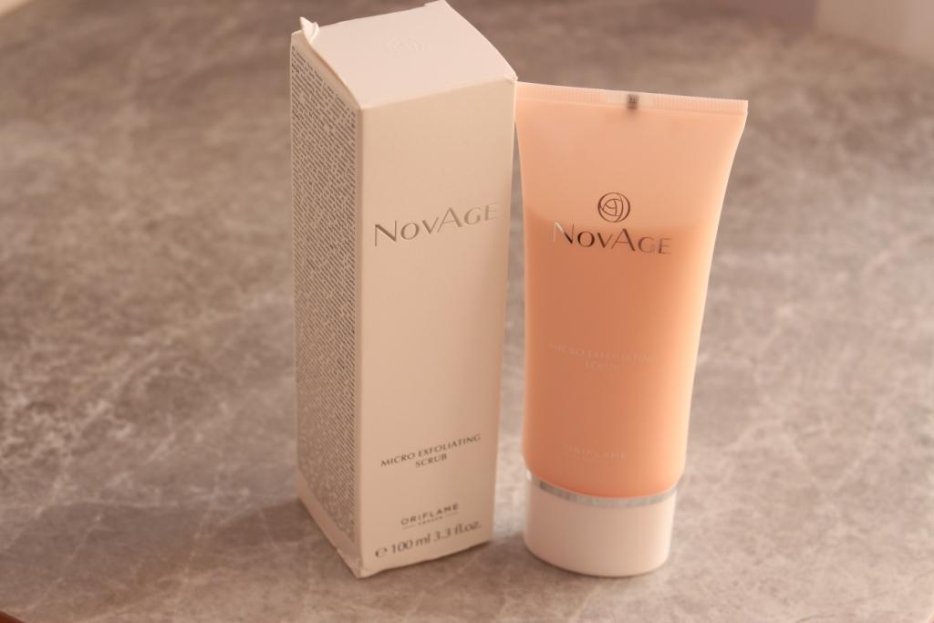 Oriflame NovAge Micro Exfolianting Scrub Обновляющий скраб для лица