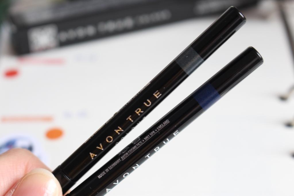 avon-true-colour-glimmerstick-eyeliner_3