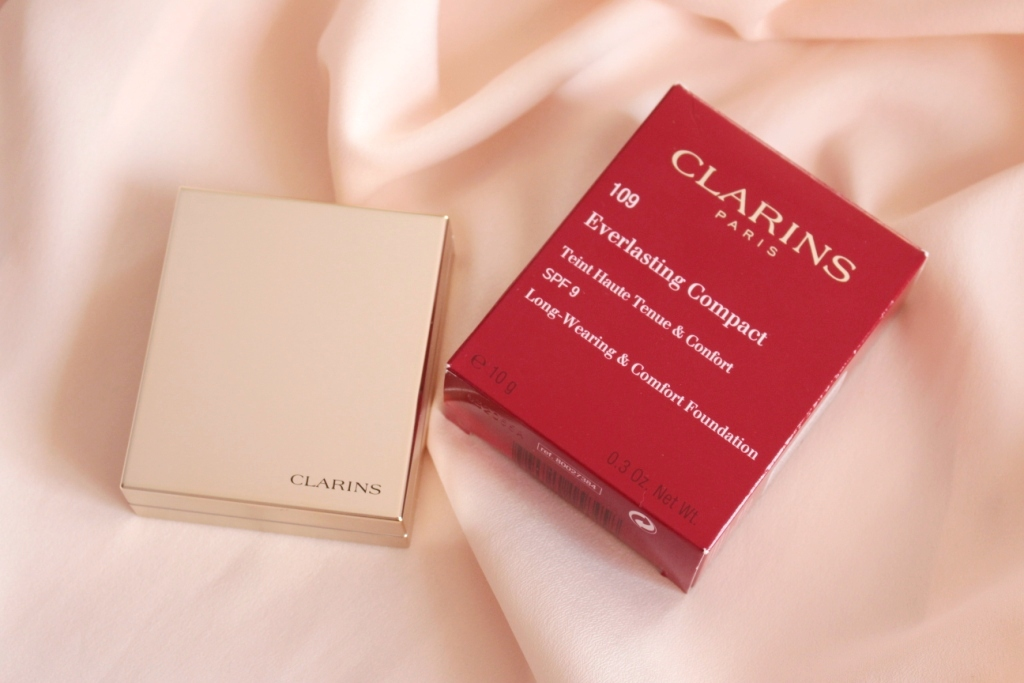 Clarins Everlasting Compact Long-Wearing & Comfort Foundation Пудра «109»