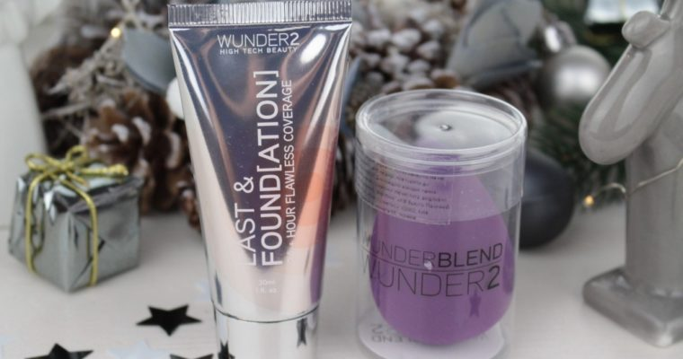 Тональная основа Wunder2 Last&Foundation 24+ Hour Flawless Coverage «20 Sand» и Спонж для нанесения тона Wunderblend