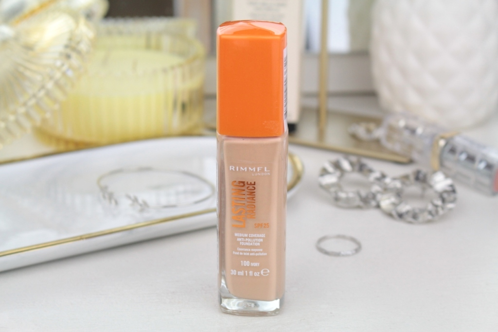 "Rimmel Lasting Radiance SPF25 Medium Coverage Anti-Pollution Foundation ""100 Ivory"" Тональная основа"