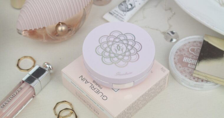 Guerlain Meteorites Glow Pearls Cushion SPF10 Make-Up Primer Праймер для лица