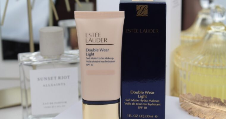 "Estee Lauder Double Wear Light Soft Matte Hydra Makeup SPF10 ""1N2 Ecru"" Тональная основа"